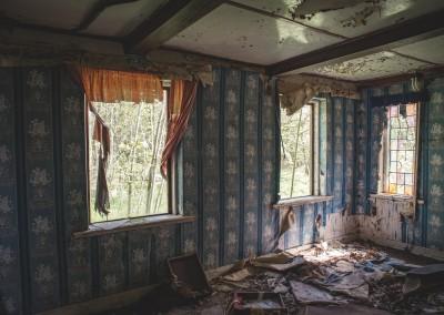 Mange vinduer og flott tapet.